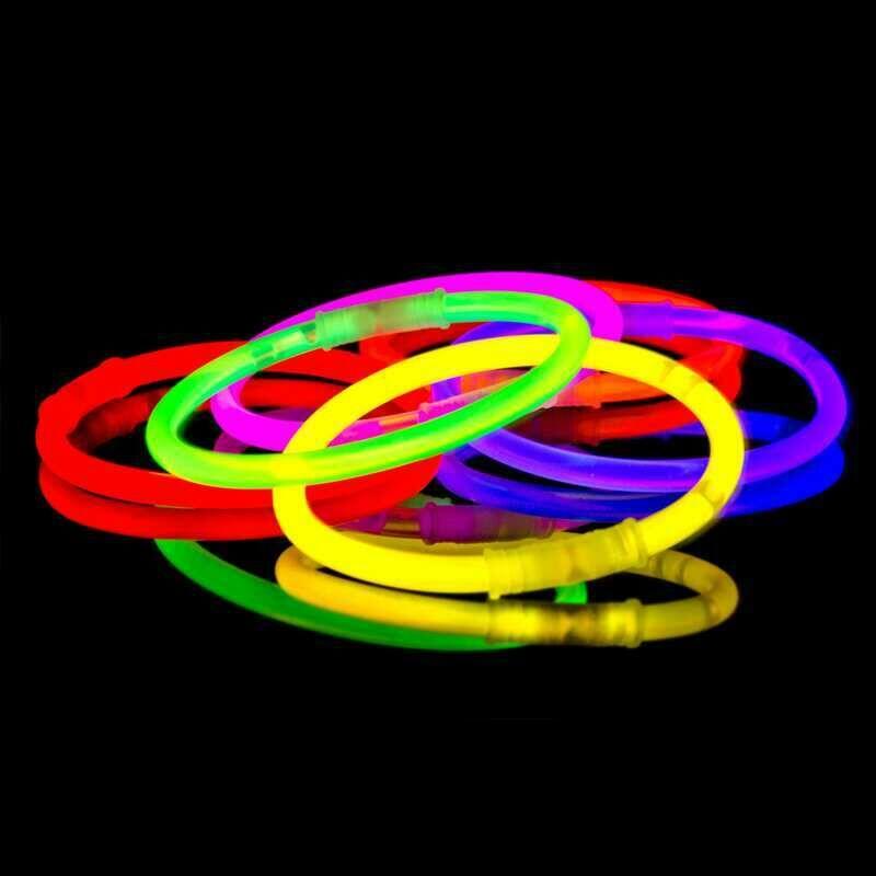 Jetzt 8 Arm-Knicklichter Party Set im 4-Farbmix ab 1.5€ bestellen