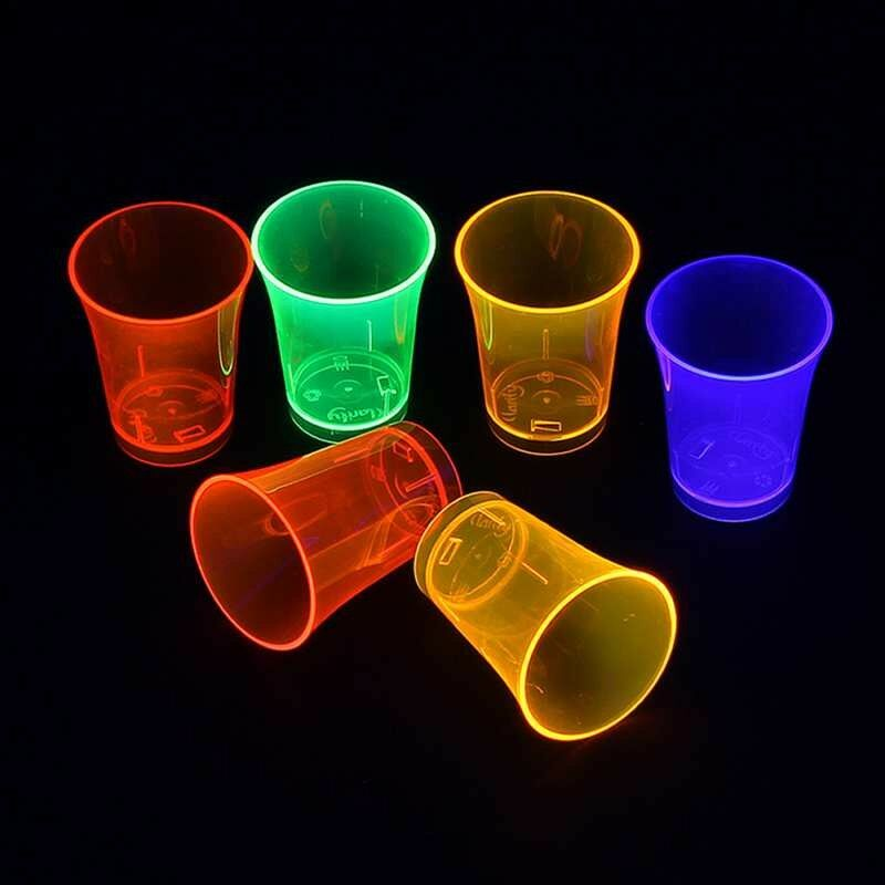 Jetzt Neon Trinkbecher 50ml 8er Set 4 Farbmix ab 5.99€ bestellen